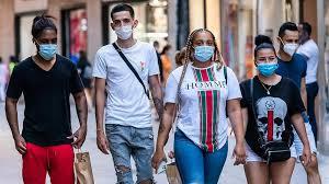 VIDEO: Jóvenes siguen encabezando grupos de riesgo contagios Covid-19 en RD  - Periódico El Caribe