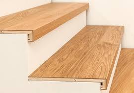 Häufig bei einer betontreppe ist es mit der unterkonstruktion längst nicht getan: Treppenkantenprofil 3 Schicht Mit Abschluss Parkett Agentur Treppe Treppe Renovieren Holztreppenstufen
