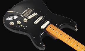 category david gilmour guitar david gilmour strat fender stratocaster custom shop david gilmour nos solid body electric guitar instrument offers absolutely iconic sweetwater working closely gi