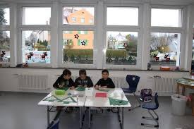 28 Weihnachtsdeko Schule Desinuamorg