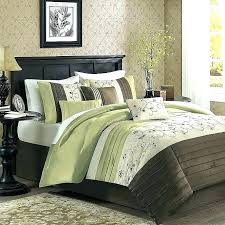 dark green bedspread dark green quilt bedspreads king size large of beds comforter sets bedding solid