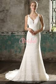Simple Elegant Simple Yet Elegant Sleeveless Scalloped V Neckline Ivory Lace