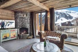 Fabulous rustic window nook ideas Dining Room Luxury Ski Chalet Chalet Silvretta Val Disere France France Overstockcom Luxury Ski Chalets In France