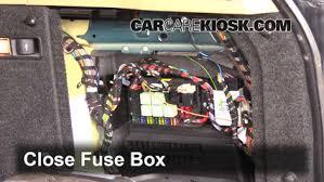 land rover fuse box wiring diagram list interior fuse box location 2003 2012 land rover range rover 2004 land rover fuse box location