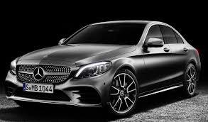 Debajo del capó descubrirás el nuevo motor turbo de 2 litros de 4 cilindros en línea amg mejorado, con 302 caballos de fuerza, refinado para proporcionar mayor eficiencia y menor fricción. Mercedes Benz Clase C Precios Y Versiones En Mexico 03 2021