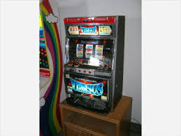 Video Game Vending Machines Fascinating Arcade Game Room Collectables Coinop Vending Machines
