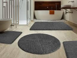 gray round bath rugs