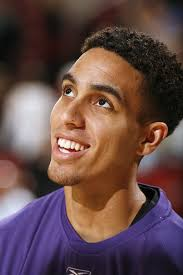 But in honor of the Sacramento fans mourning the end of an era, let's all take a moment of silence. Kevin Martin, stay dreamy... Kevinmartin_medium