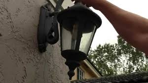 how to change an outdoor porch lantern sconce light bulb simple diy do it yourself procedure hq you