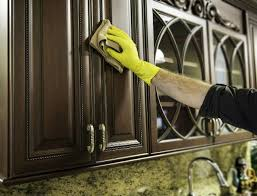 3 methods for how to remove grease from kitchen cabinets