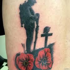 мак на кладбище тату на бедре у девушки добавлено иван вишневский