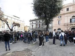 311,665 likes · 601 talking about this. Italy Earthquake Today Rome Schools And Metro Evacuated As Four Earthquakes Strike The Independent The Independent