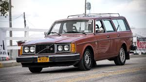 volvo cars 1980s. 3 of 12the 245 proved to be a very popular model for volvo well into the 1980s, with 740 and 940 estate sales barely making dent. cars 1980s