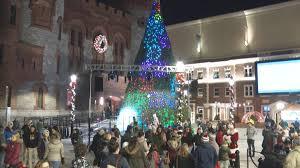 Tree Lighting Reading Ma Mgm Springfield Kicks Off Holiday Season With Christmas Tree