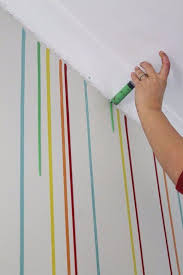 DIY Ideas for Painting Walls - Drippy Wall - Cool Ways To Paint Walls -  Techniques