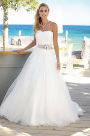 Die besten 25+ Brautkleid lange ärmel Ideen auf Pinterest ...
