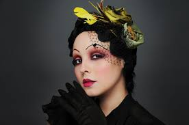 1920s inspired makeup photo 1