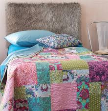 Tips for Choosing Fabrics for Patchwork Quilts - Quilting Daily ... & Tips for Choosing Fabrics for Patchwork Quilts – Quilting Daily Adamdwight.com
