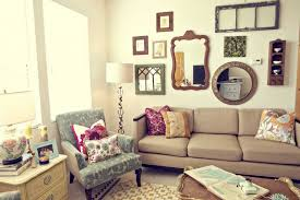 apartment decor on a budget. Interesting Budget Delightful Charming Cheap Apartment Decor Wooden Floor Fabric Sofas Fur  Rugs Ideas On A Budget U