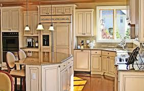 Glazed White Kitchen Cabinets White Kitchen Cabinets With Brown Glaze