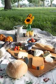 Pin by Sonia Ferguson on Picnic inspiration in 2020 | Summer picnic, Picnic  food, Picnic