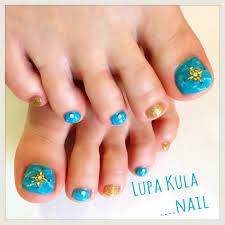 ターコイズのフットネイル Lupa Kula ページ