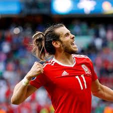 Wales gegen Nordirland: Gareth Bale on fire - DER SPIEGEL
