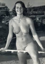 Twink Vintage Piercing Girl Sex Photo