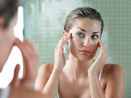 is it harmful to use makeup to cover acne