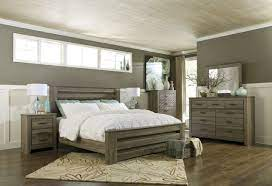 zelen 4pc panel bedroom set in warm gray