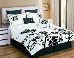 Pink Black And White Bedroom Pink And Black Bedrooms Purple Bedroom Wall Black Wooden Bed