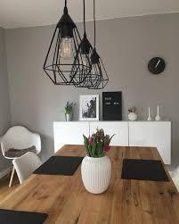 Esszimmer Lampe Und Tischlaeufer Und Wandfarbe Grau
