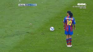 Ronaldinho: 14 Ridiculous Tricks That No One Expected - YouTube