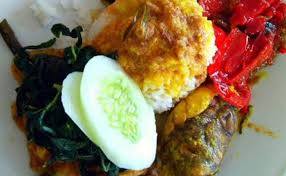 Lalu garam, gula, kaldu secukupnya. Jual Paket Nasi Gulai Otak Sapi Bungkus Kota Semarang Nasi Padang Sri Ratu Smg Tokopedia