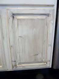 glazed kitchen cabinets