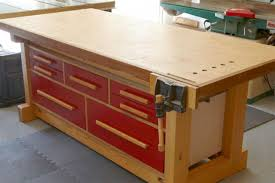 a large workbench with diffe sized drawers