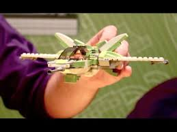 How to Build a LEGO Spaceship - YouTube