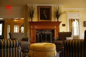 Hotel in Berea | Boone Tavern Hotel Historic Hotels of America - TiCATi.com