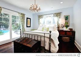 Antique Bedroom Decor Simple Ideas
