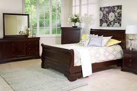 Versailles King Bed in Merlot | Mor Furniture for Less
