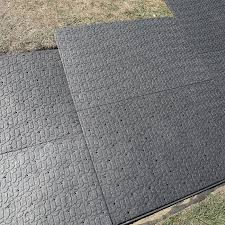 staggering the joints of the paver panels