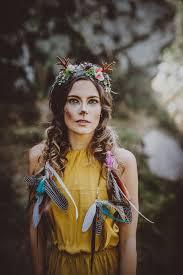Pestrobarevná Květinová čelenka S Parůžky A Peřím Zboží Prodejce