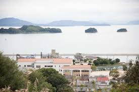 it is also famous for its many sunset spots and the ushimado olive garden from where there are splendid views of the many beautiful islands of setouchi