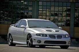 2005 Pontiac GTO LS2 1/4 mile trap speeds 0-60 - DragTimes.com