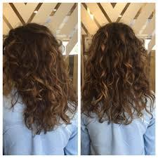 wavy hair balayage