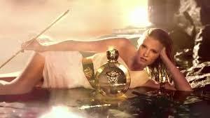 <b>Versace Eros Pour Femme</b> Fragrance | Sephora - YouTube