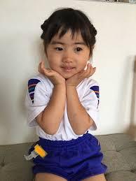 簡単かわいい編み込み不要ボブミディアムの女の子ヘアアレンジ