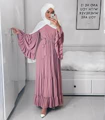 With eid around the corner, many of us are considering what to wear, from experimenting with color, finding a new silhouette you love, or styling your true separates in new ways.here, the hijab and abaya specialists at abayabuth are offering a number of outfit inspiration ideas for every type of modest woman, ensuring you can spend more time thinking about what really matters this eid. Looking For Eid Outfit 2019 Inspiration And For That Eid Special Dress 2019 Read On To Get Some Ge Eid Outfits Muslimah Fashion Outfits Muslim Fashion Outfits