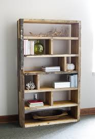 diy rustic bookshelf with pallets and crates