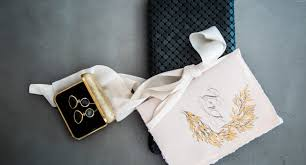 latest wedding invitation trends for 2019 vow book
